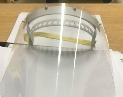 Impressoras 3D são utilizadas para produção de protetores faciais no combate à Covid-19 na Bahia