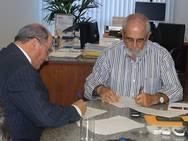 Governo assina protocolo de inten��es com o agroneg�cio do oeste baiano